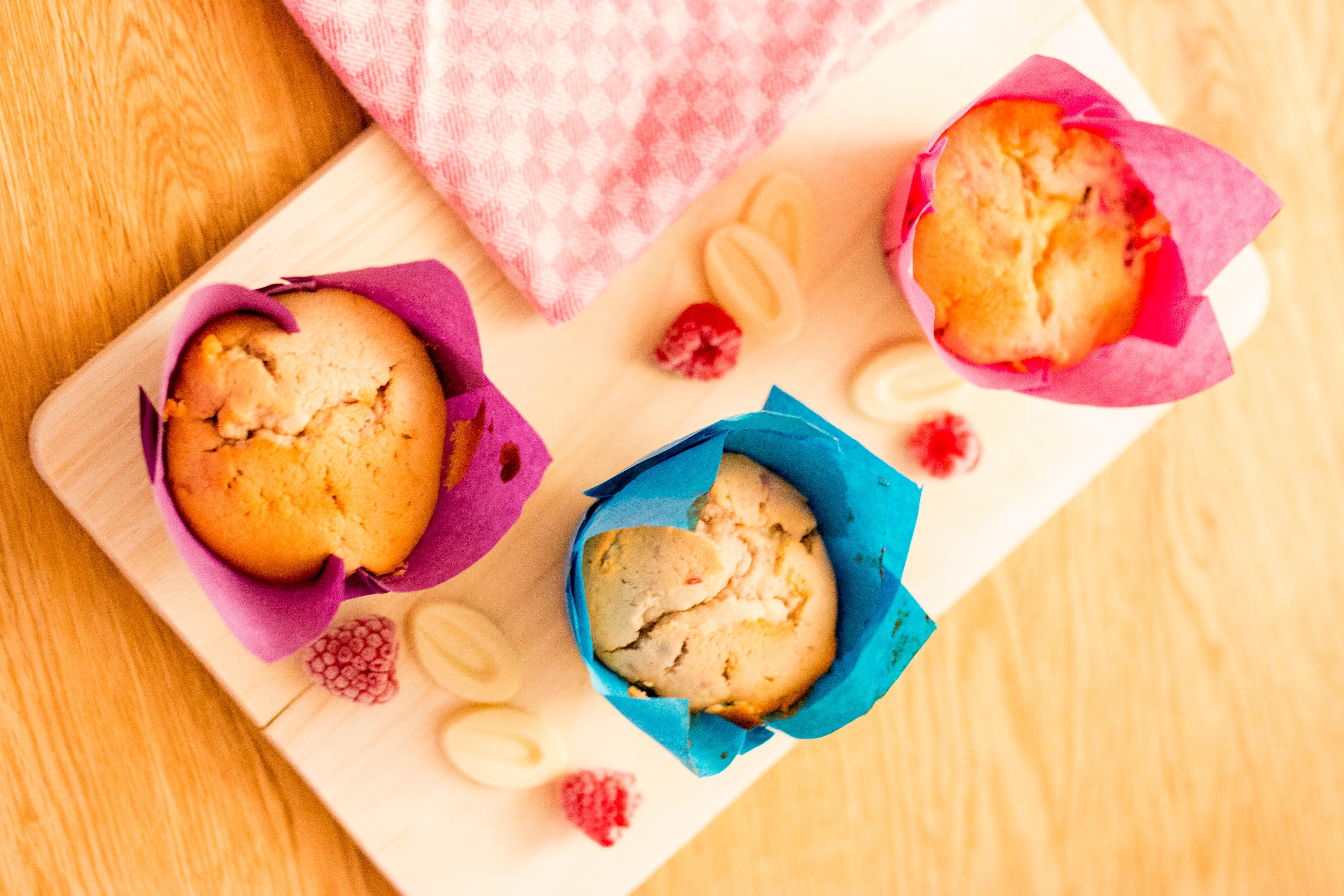 Himbeer-Weiße Schokoladen-Muffins