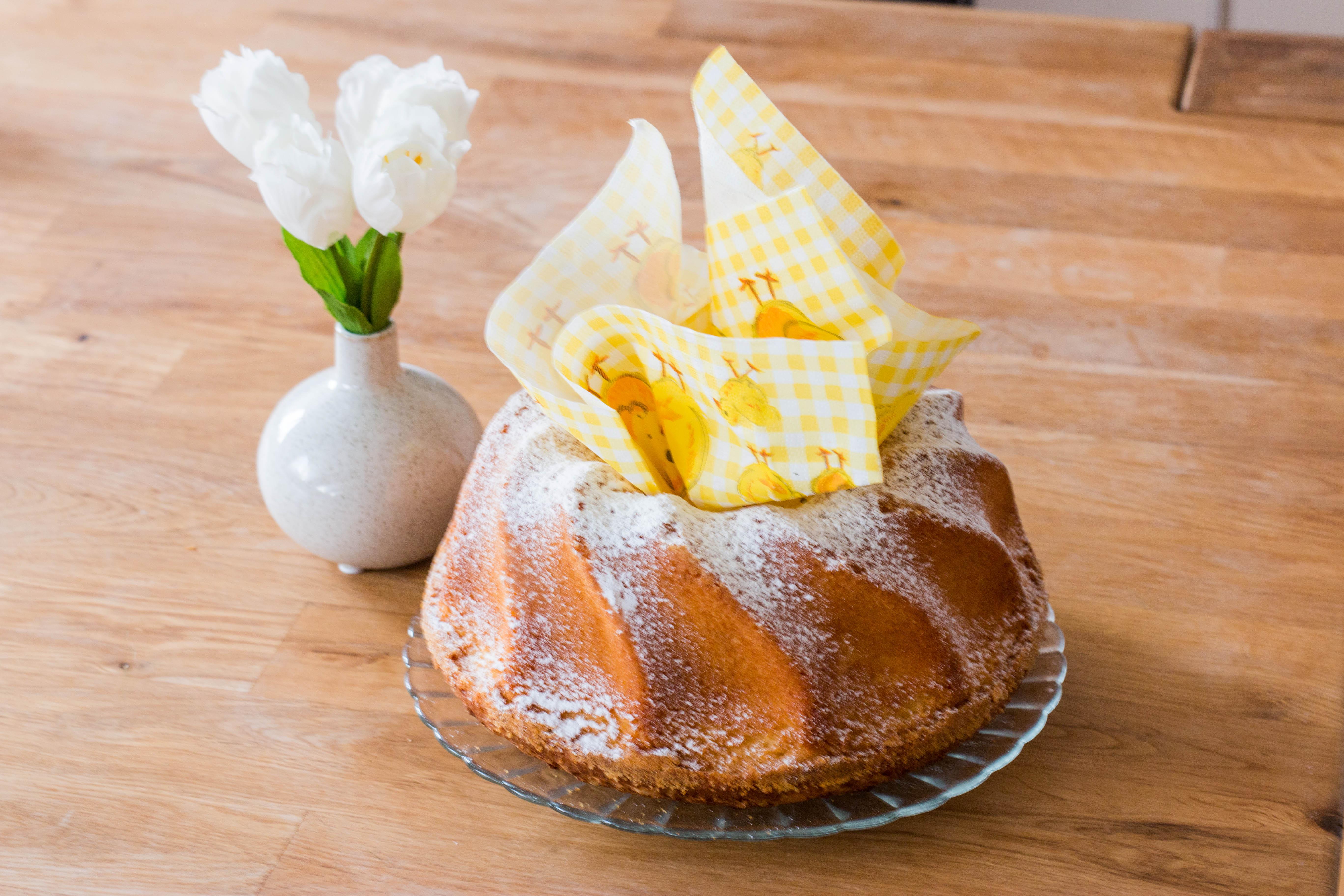 Oma's Eierlikörkuchen